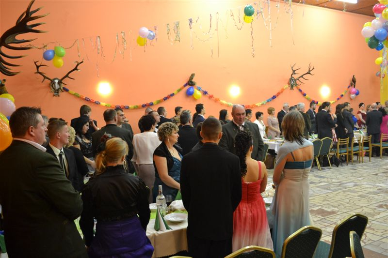 "3632c4dda Ples poľovníkov PZ VÍŤAZ 2015 – PZ "" VÍŤAZ """